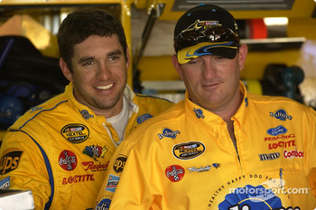 Elliott Sadler and crew chief Todd Parrott