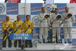 LM P2 podium: winners Clint Field, William Binnie, Rick Sutherland, with Yojiro Terada, Patrice Roussel, Olivier Porta