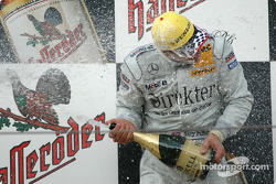 Podium: champagne for race winner Gary Paffett