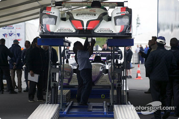 #5 Audi Sport Japan Team Goh Audi R8 at scrutineering
