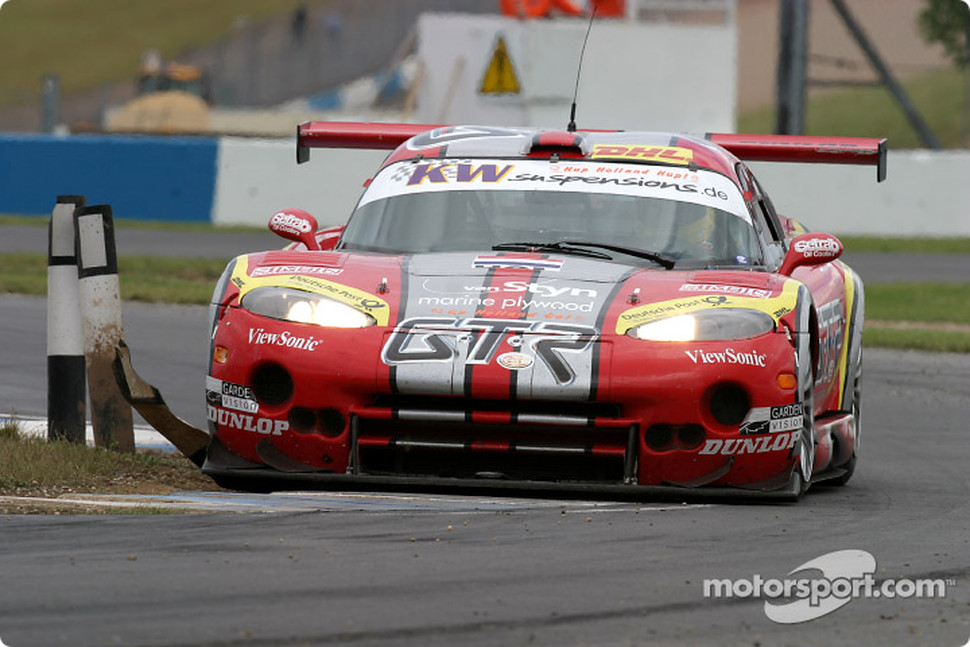 #10 Zwaan's Racing Chrysler Viper GTS: Stphane Lemeret, Arjan van der Zwaan, Henrik Roos