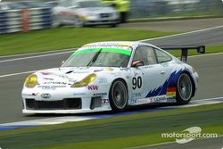 #90 T2M Motorsport: Robin Liddell, Yukihiro Hane, Gilles Vannelet