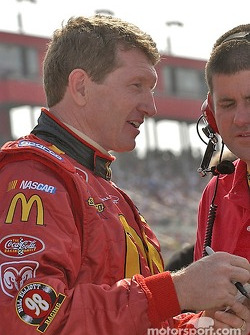 Bill Elliott gets ready to qualify