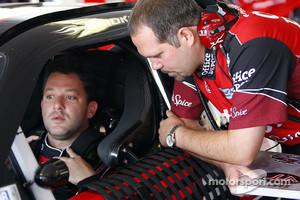 Tony Stewart, Stewart-Haas Racing Chevrolet and crew chief Darian Grubb