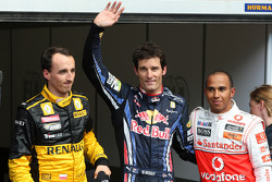 Pole winner Mark Webber, Red Bull Racing, second place Lewis Hamilton, McLaren Mercedes, third place Robert Kubica, Renault F1 Team