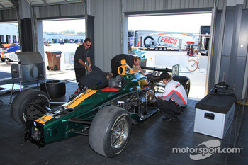 Car of Takuma Sato, KV Racing Technology