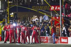 Stewart-Haas Racing Chevrolet team members celebrate the win of Tony Stewart