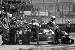 Pit stop for #44 Magnus Racing Porsche GT3: John Potter, Craig Stanton