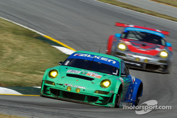 #17 Team Falken Tire Porsche 911 GT3 RSR: Bryan Sellers, Martin Ragginger