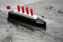 Sauber boat