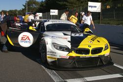 #77 Need for Speed by Schubert Motorsport BMW Z4: Csaba Walter, Claudia Hürtgen