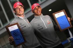 Jenson Button, McLaren Mercedes and Lewis Hamilton, McLaren Mercedes, hand printing session