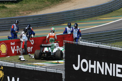 Vitantonio Liuzzi, Force India F1 Team crash
