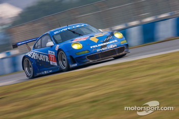 #77 Team Felbermayr Proton Porsche 911 GT3 RSR: Marc Lieb, Richard Lietz