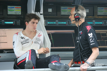 Luiz Razia, Virgin Racing
