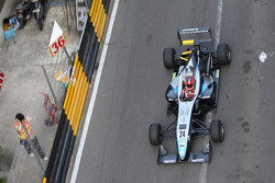 Carlos Munoz, Hitech Racing