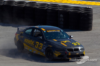 #33 Kinetic Motorsports BMW M3 Coupe: Jade Buford, Bryan Sellers spins