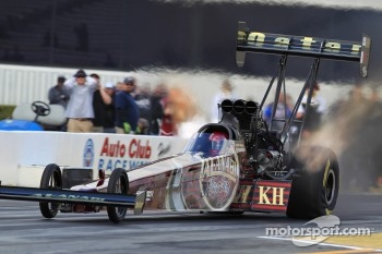 Del Worsham in his Al-Annabi Hadman Dragster