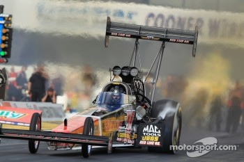 David Grubnic aboard his Kalitta Air Top Fuel Dragster