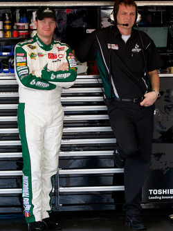 Dale Earnhardt Jr., Hendrick Motorsports Chevrolet and crew chief Steve Letarte