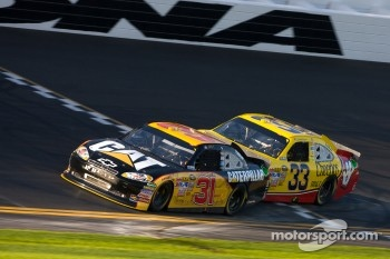 Jeff Burton, Richard Childress Racing Chevrolet and Clint Bowyer, Richard Childress Racing Chevrolet
