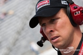 Wood Brothers Racing Ford crew member