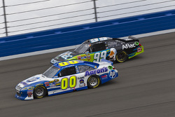 David Reutimann, Michael Waltrip Racing Toyota and Carl Edwards, Roush Fenway Racing Ford
