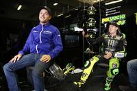 MotoGP Fotos - Alex Lowes and Pol Espargaró, Tech 3 Yamaha