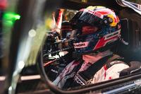 WEC Photos - Mark Webber with the Porsche 919 Hybrid LMP1 in London