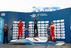 Podium: Race winner Sebastien Buemi, Renault e.dams; Lucas di Grassi, ABT Schaeffler Audi Sport and Nick Heidfeld, Mahindra Racing