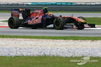 Alguersuari seventh for Toro Rosso