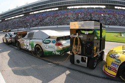 Auxiliary power unit for Carl Edwards