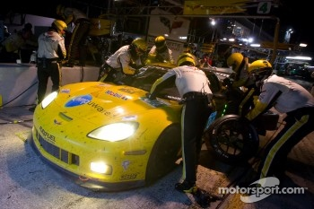 Pit stop for #04 Corvette Racing Chevrolet Corvette C6 ZR1: Oliver Gavin, Jan Magnussen, Richard Westbrook