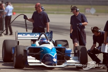 Paul Tracy returns to pits