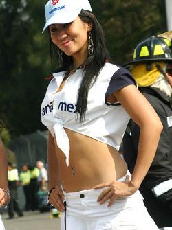 A Banamex girl
