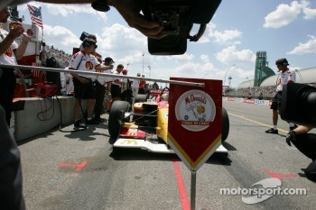 Cameras wait for pole winner Sbastien Bourdais