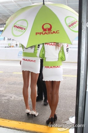 Pramac Racing girls