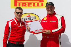 Podium: gentleman driver award to Jon Becker