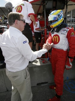 Carl Haas congratulates Sébastien Bourdais for winning the provisional pole