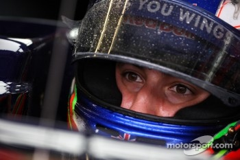 Ricciardo to replace Karthikeyan at Silverstone