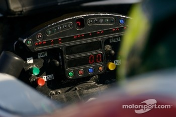 Steering wheel of Bruno Junqueira