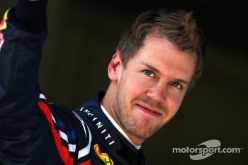 Sebastian Vettel takes pole again
