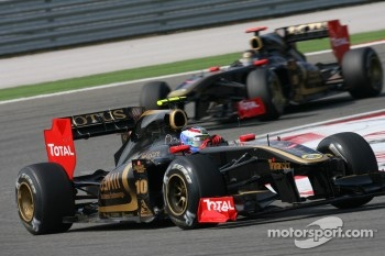 Vitaly Petrov fastest Lotus Renault driver at Barcelona