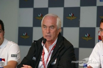 Marlboro Team Penske press conference: Roger Penske