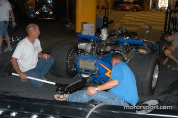 Al Unser, Jr. helps prepare Johnny Lightning Special for suspension