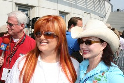 Wynonna and Naomi Judd
