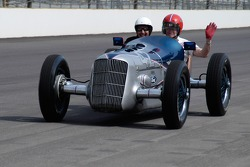 Vintage racers: 1935 Miller Ford.  Three of four of these DNF'd with frozen steering