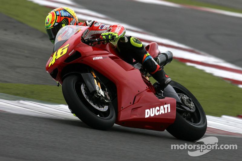 Valentino Rossi tests the new Ducati 1198
