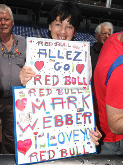 A Mark Webber, Red Bull Racing fan