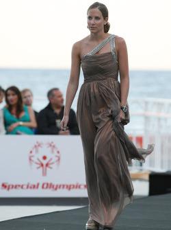 Catherine Hyde, Team Lotus, Amber Lounge Fashion
